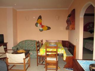 1 bedroom Condo with Television in Lu Bagnu - Lu Bagnu vacation rentals
