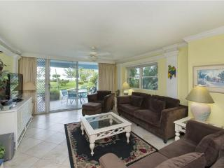 SILVER SANDS-UNIT #12 - Seven Mile Beach vacation rentals