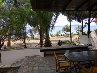 1 bedroom Bungalow with Internet Access in Ouranoupolis - Ouranoupolis vacation rentals