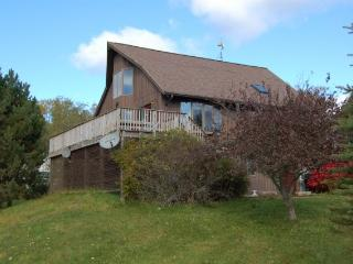 All-Season Cottage in Ellsworth, Down East Maine - Ellsworth vacation rentals