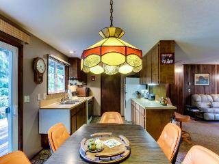 Rhododendron Grove - Cannon Beach vacation rentals