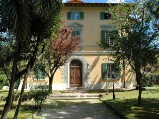 Beautiful 2 bedroom Apartment in Pietrasanta - Pietrasanta vacation rentals