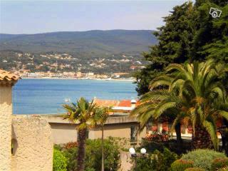 Nice Studio with Television and Microwave - Saint Cyr sur mer vacation rentals