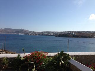 Apartment 4 persons (b), Mykonos, Cyclades, Greece - Ornos vacation rentals