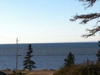 Beautiful Two Bedroom Cottage on the Bay of Fundy - Port George vacation rentals