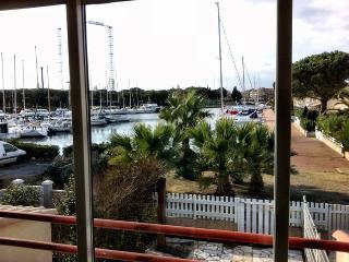 Cap d'Agde:appart on île des marinas, privat beach - Cap-d'Agde vacation rentals
