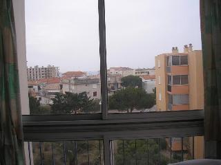 Nice Condo with Elevator Access and Parking Space - Le Grau Du Roi vacation rentals