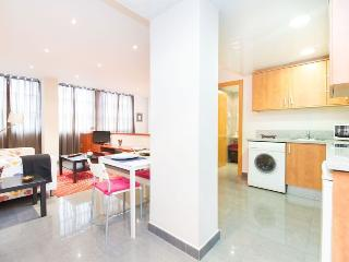 Great studio for 2 in Ramblas - Barcelona vacation rentals