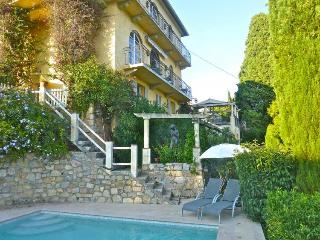 Villa Courteline, Holiday Home with a Pool and Terrace, Mougins - Mougins vacation rentals
