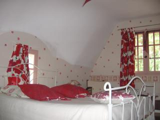 Nice B&B with Internet Access and Garden - Lorient vacation rentals