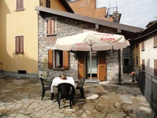 Nice 2 bedroom House in Torno with Satellite Or Cable TV - Torno vacation rentals