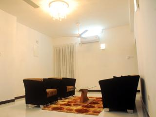 3 bedroom Apartment with Internet Access in Colombo - Colombo vacation rentals