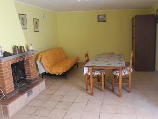 Monolocale indipendente e confortevole - Anzio vacation rentals