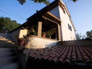 Bright 4 bedroom B&B in Pennabilli with Internet Access - Pennabilli vacation rentals
