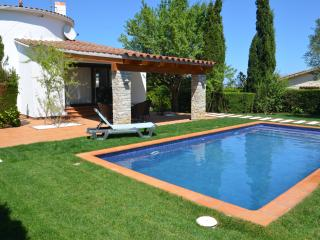 Casa Almendra - Calonge vacation rentals
