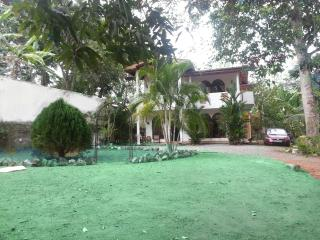 Luxury house in private gardens. - Kalutara vacation rentals