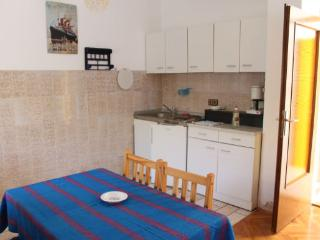Zeno 3 - apartment for 6 persons with sea view - Novalja vacation rentals