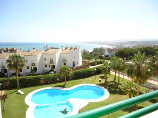 R15 El Jabeque - Estepona vacation rentals