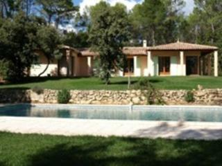Bright 3 bedroom Villa in Cotignac - Cotignac vacation rentals