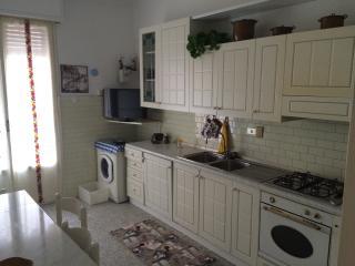 Appartamento Sanremo 12 posti letto 140mq - San Remo vacation rentals