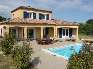 Charming 4 bedroom Villa in Villemoustaussou - Villemoustaussou vacation rentals