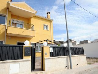 Nice House with Internet Access and Dishwasher - Hondon de los Frailes vacation rentals