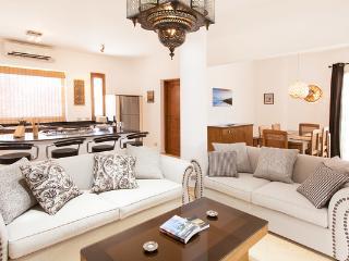 Luxury Apartments in Dahab, heated pool & jacuzzi - Dahab vacation rentals