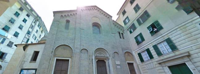 Google Streetview Picture of the Entrance - Elegant flat historic centre up to 6 beds - Genoa - rentals