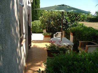 Nice Gite with Internet Access and Central Heating - Mauguio vacation rentals
