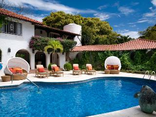 Villa Elsewhere SPECIAL OFFER: Barbados Villa 81 An Exceptionally Beautiful Villa That Sprawls On The Sandy Lane Estate. - Sunset Crest vacation rentals