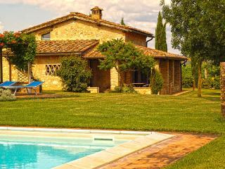 Monteriggioni Suite - Monteriggioni vacation rentals