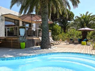 Nice Villa with Internet Access and Dishwasher - Les Issambres vacation rentals