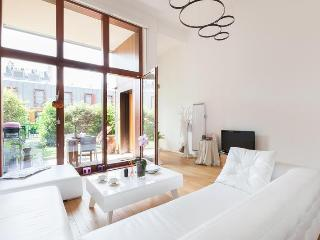onefinestay - Rue Choron apartment - Paris vacation rentals