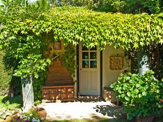 Cozy 3 bedroom Vila Real Cottage with Internet Access - Vila Real vacation rentals
