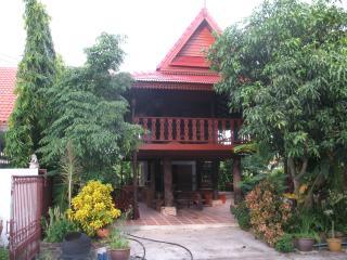 teak house chiang mai - Hang Dong vacation rentals