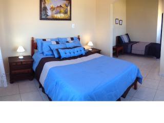 Nice 3 bedroom B&B in Marica - Marica vacation rentals
