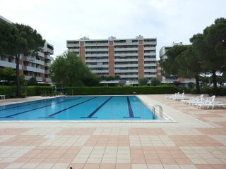 APRILIA RESIDENCE - Marano Lagunare vacation rentals
