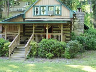 Cozy 3 bedroom Smithville Cabin with Deck - Smithville vacation rentals
