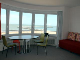 Design Apartment - Residence Paris - Ostende vacation rentals