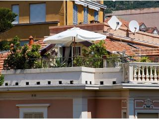 Romantic 1 bedroom Alassio Condo with A/C - Alassio vacation rentals