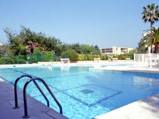 In residence with swimming-pool, apt.120m² - Saint-Tropez vacation rentals