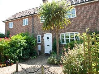 2 bedroom Cottage with Internet Access in Saxmundham - Saxmundham vacation rentals