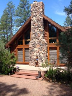 Log home we converted to bed & breakfast - Pine vacation rentals