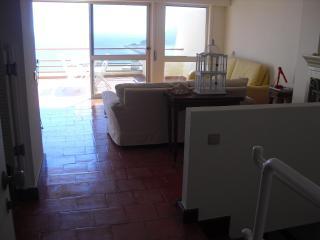 Casa Valido - Sesimbra - Pôr do Sol - Costa de Lisboa vacation rentals