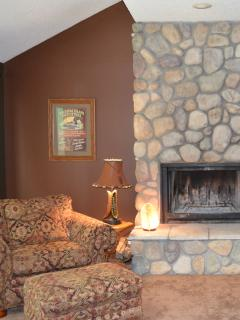 Nice 4 bedroom Harbor Springs Apartment with Deck - Harbor Springs vacation rentals