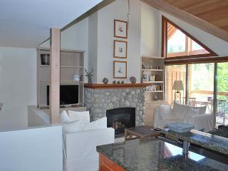 Casabella Luxury - British Columbia Mountains vacation rentals