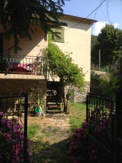 Casa Vacanze, Immersa nella natura - Firenzuola vacation rentals