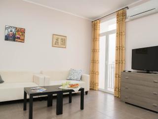 Ramblas Comforter - Barcelona vacation rentals