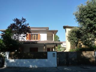 Elegante villetta 300 m² - Lido Di Camaiore vacation rentals