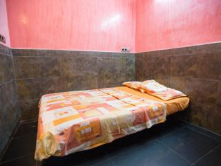 Small private room j1 ideal short sty - Barcelona vacation rentals